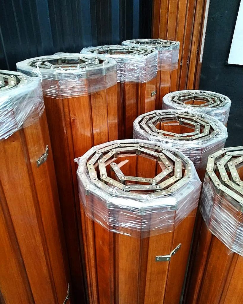 Cortinas de enrollar en madera y pvc